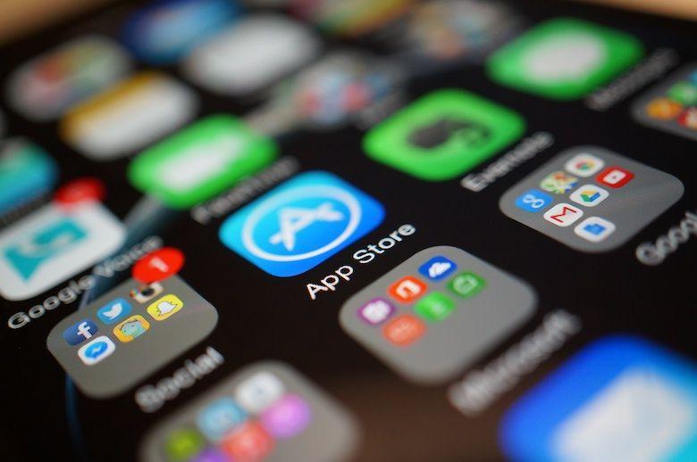 4 трика за маркетинг през умния телефон Фейсбук, Инстаграм, Вайбър – ЩЕ ИГРАЕТЕ ЛИ НАВЪРЗАНО?